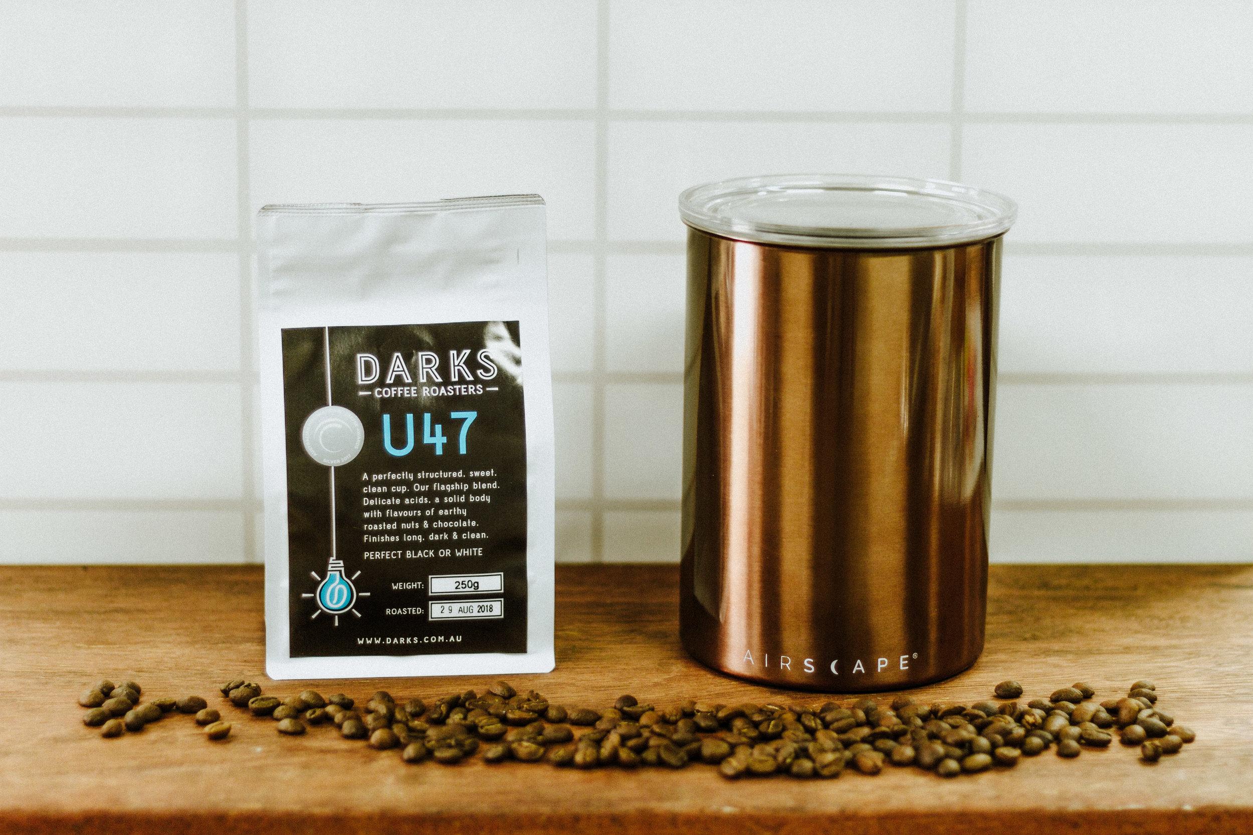 storecoffee-darkscoffeeroasters-1-3.jpg