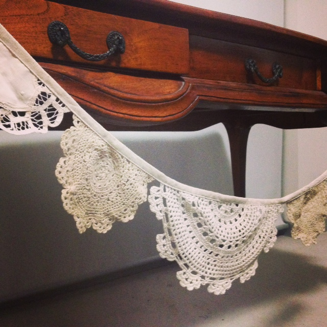 Doily Bunting # $8