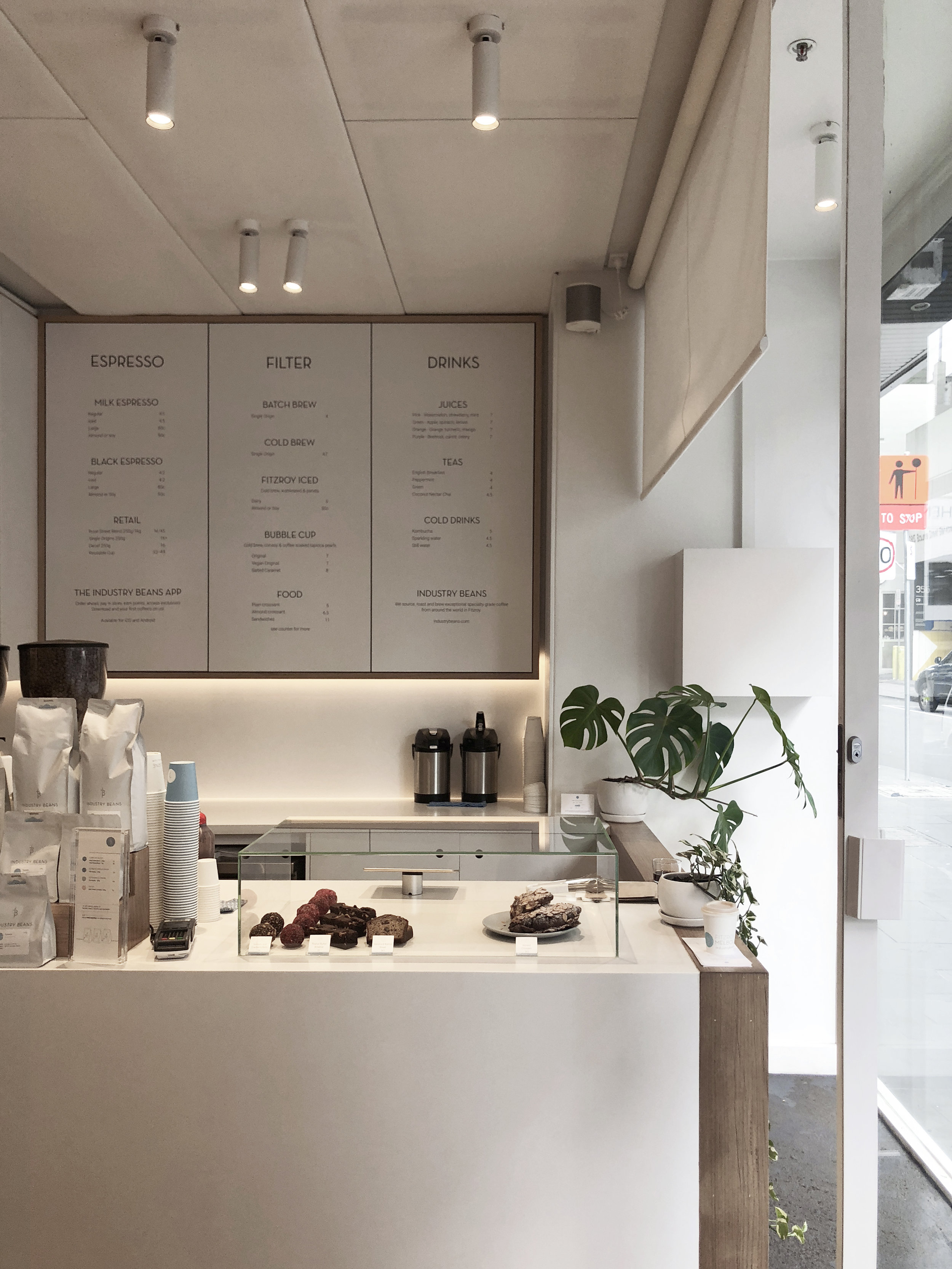 I N D U S T R Y B E A N S /  Industry Beans Lt. Collins  sometimes you just need a white breathing space 🌬 minimal coffee shop design at industry beans lt. Collins's right inside Melbourne's CBD area. A tiny but cosy space for all coffee lovers.  📍345 Little Collins St, Melbourne VIC 3000