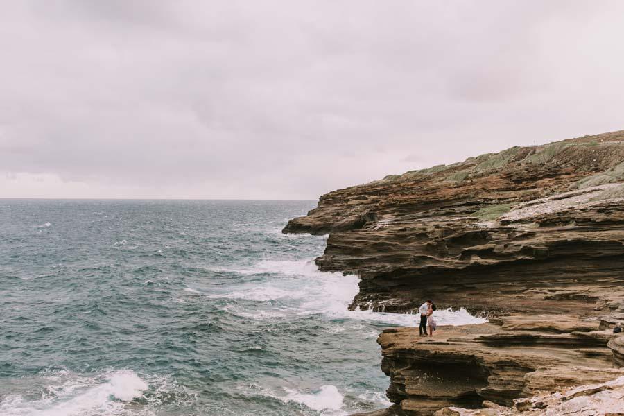 Hawaii engagement photo | Destination Wedding and Honeymoon | Luxury destination wedding planner | Unveiled Hawaii