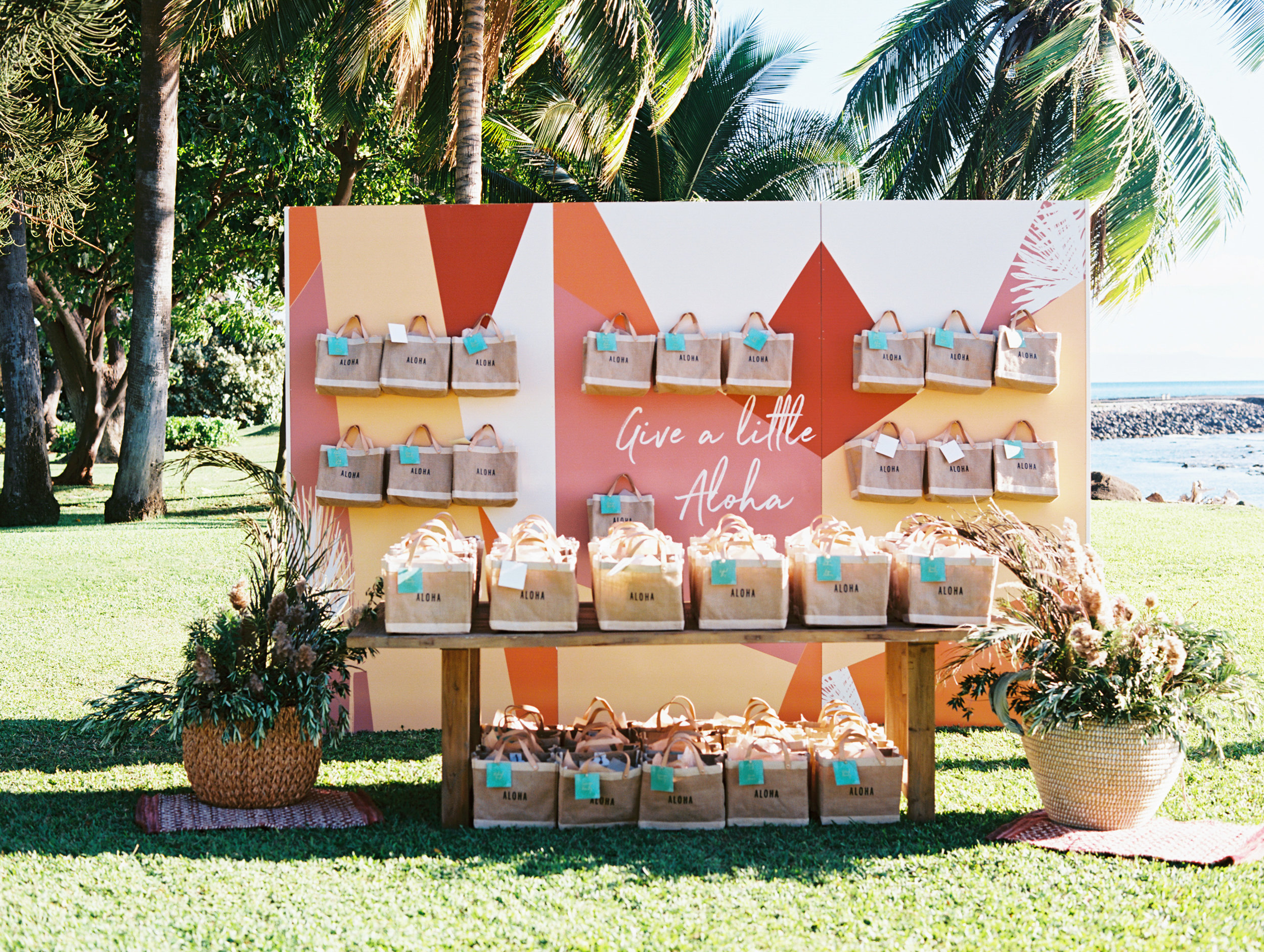 Gift Bag Display | Welcome Reception | Unveiled Hawaii | Blog