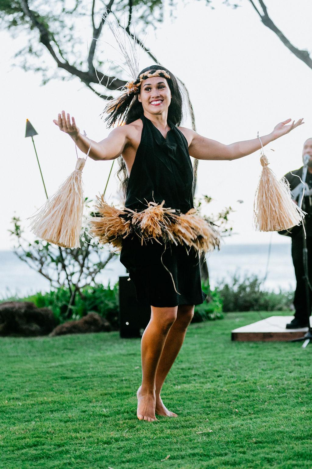 Luau Dancer | Luxury Wedding Planner | Unveiled Hawaii | Blog