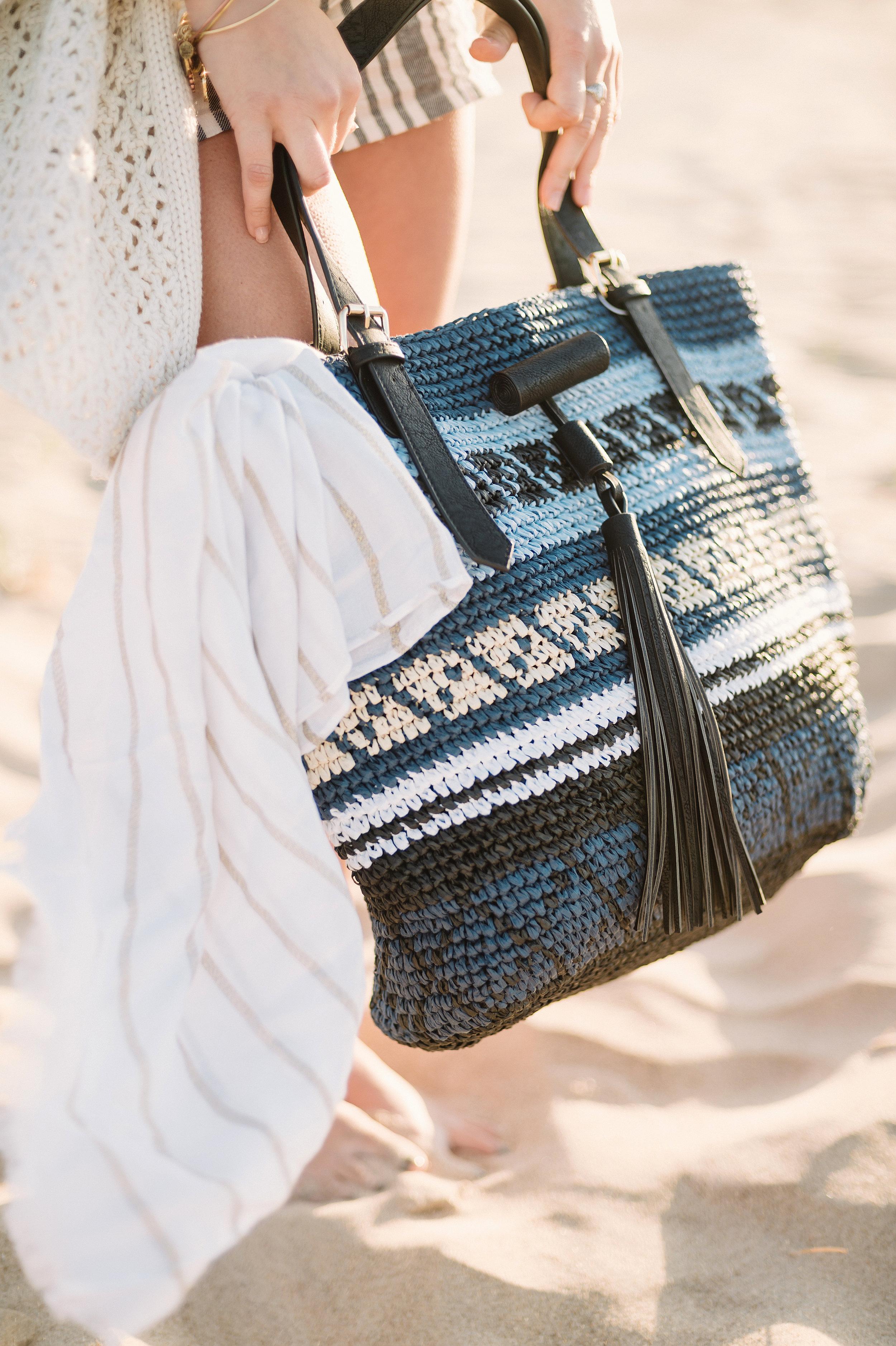 Girl Holding Beach Bag | Hawaii Wedding Planner | Unveiled Hawaii | Blog