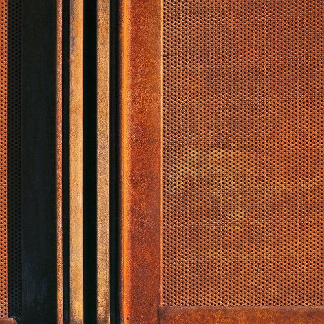 material Perforated corten2.jpg