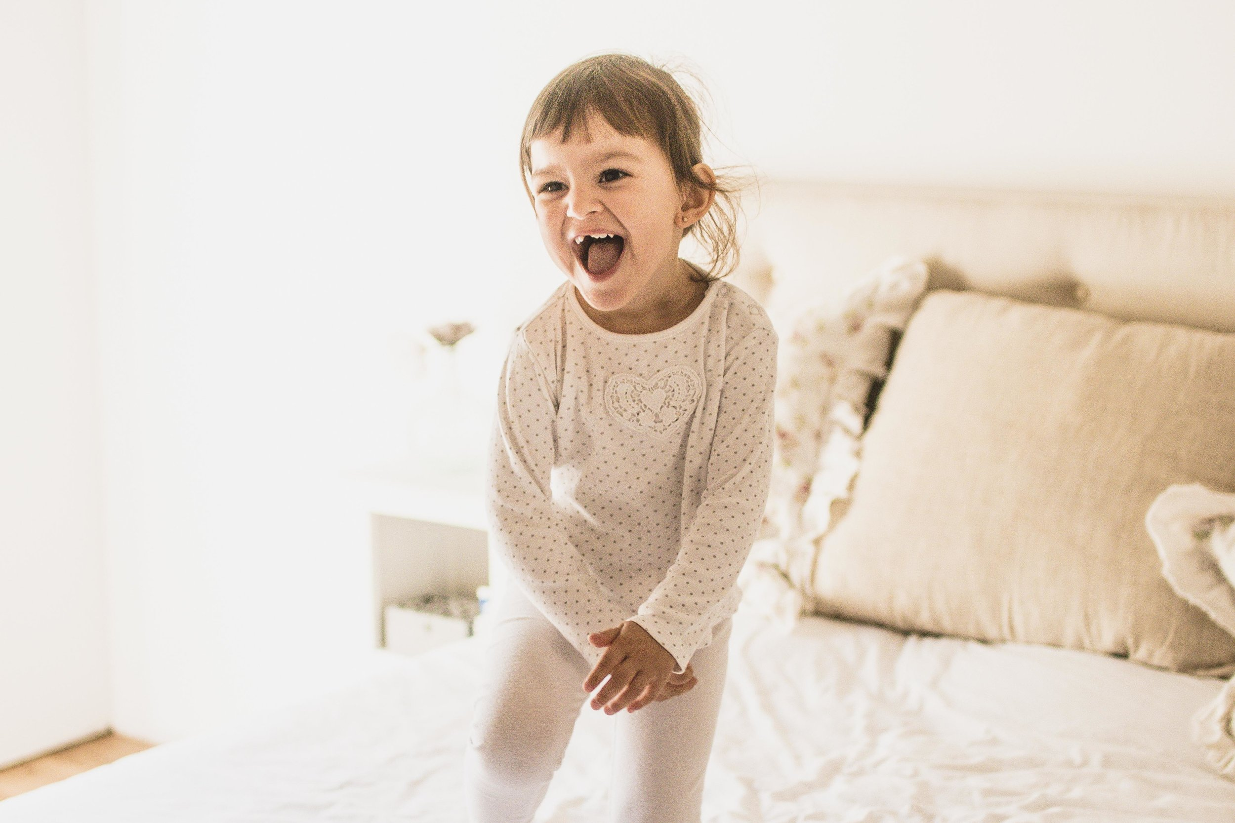 Morgane - Trés contente du travail de Charlène, elle est très pro. Adorable et pleine d'idées. Je suis ravie des séances photos faites avec ma fille. Et je n'hésiterai pas à faire appel à elle pour la naissance de mon fils.