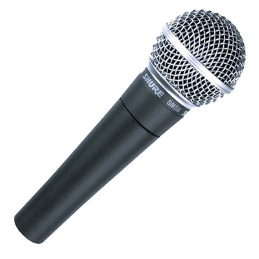 Microfones - Caso tenha uma interface de áudio poderá conectar um microfone e, com isso poderá captar vozes para locuções e diversos sons para criar efeitos sonoros. Existem diversos tipos de microfones e, foge ao escopo desse artigo detalhar cada um deles. Mas, resumindo temos o microfone do tipo dinâmico (igual ao da foto ao lado), sendo mais resistente (a quedas e impacto) e um pouco menos sensível, o que significa que ele capta somente sons relativamente próximos a ele. Isso pode ser bem positivo numa Jam, pois poderá isolar com mais facilidade a fonte sonora que quer gravar de ruídos externos (normal num ambiente com tantas pessoas).Outro tipo comum é o condensador. Eles são bem mais sensíveis, tanto estruturalmente (sendo mais frágeis), quanto em termos de captação, por captar mais detalhes do ambiente. Sendo excelentes para um ambiente de acústica controlado como num estúdio, mas não ideias para um contexto de JAM em que temos pessoas clicando mouses, digitando em teclados, conversando, além de ruídos de sala (motores de ar-condicionado etc). O microfone condensador certamente captaria isso tudo. Além disso, eles geralmente são um pouco mais caros que os microfones do tipo dinâmico :(