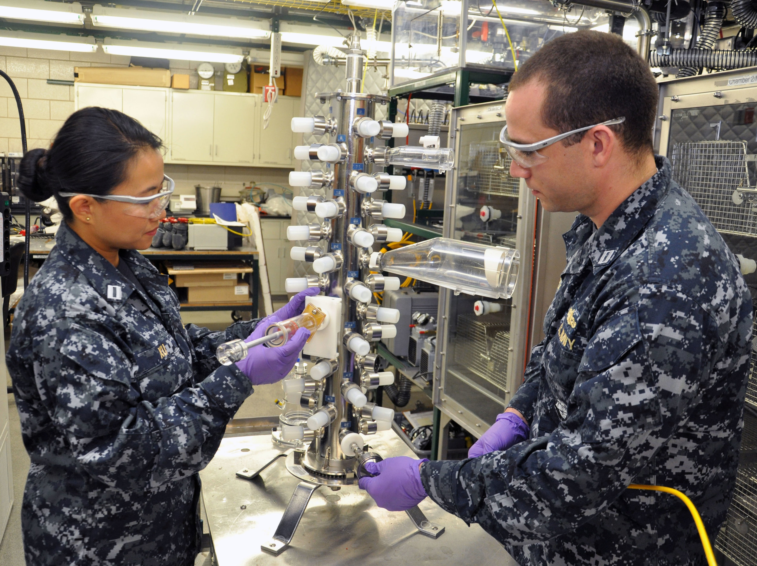 """""""Naval Medical Research Unit – Dayton, 711th Human Performance Wing partner to combat physiological episodes during flight"""" by Air Force Medical Service."""