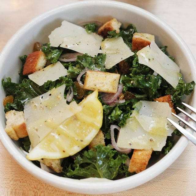 "For those ""crisp and fresh"" cravings... our mouthwatering Kale Salad at #Whitmansnyc ⠀⠀⠀⠀⠀⠀⠀⠀⠀ .⠀⠀⠀⠀⠀⠀⠀⠀⠀ .⠀⠀⠀⠀⠀⠀⠀⠀⠀ .⠀⠀⠀⠀⠀⠀⠀⠀⠀ .⠀⠀⠀⠀⠀⠀⠀⠀⠀ .⠀⠀⠀⠀⠀⠀⠀⠀⠀ .⠀⠀⠀⠀⠀⠀⠀⠀⠀ .⠀⠀⠀⠀⠀⠀⠀⠀⠀ .⠀⠀⠀⠀⠀⠀⠀⠀⠀ .⠀⠀⠀⠀⠀⠀⠀⠀⠀ .⠀⠀⠀⠀⠀⠀⠀⠀⠀ .#nycfood #nyc #nyceats #foodie #nycfoodie #foodporn #putbacononeverything #newyork #eeeeeats #eatingnyc #foodphotography #foodstagram #instafood #foodgasm #newyorkcity #foodblogger #manhattan #eatingnewyork #newyorkfood #healthyfood #newforkcity #foodpics #buzzfeedfood #delicious #nycrestaurants #feedfeed #yummy #catering #fresh"