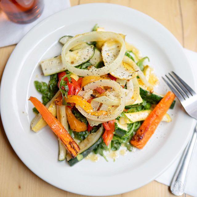 Keepin it fresh. ☀️ Introducing the #Whitmans Special Salad ⠀⠀⠀⠀⠀⠀⠀⠀⠀ .⠀⠀⠀⠀⠀⠀⠀⠀⠀ .⠀⠀⠀⠀⠀⠀⠀⠀⠀ .⠀⠀⠀⠀⠀⠀⠀⠀⠀ .⠀⠀⠀⠀⠀⠀⠀⠀⠀ .⠀⠀⠀⠀⠀⠀⠀⠀⠀ .⠀⠀⠀⠀⠀⠀⠀⠀⠀ .⠀⠀⠀⠀⠀⠀⠀⠀⠀ .⠀⠀⠀⠀⠀⠀⠀⠀⠀ .⠀⠀⠀⠀⠀⠀⠀⠀⠀ .⠀⠀⠀⠀⠀⠀⠀⠀⠀ #nycfood #nyceats #foodie #nycfoodie #putbacononeverything #newyork #eeeeeats #eatingnyc #instafood #foodblogger #eatingnewyork #newyorkfood #healthyfood #delicious #yummy #catering #fresh #veganfood #vegan #plantbased #healthyfood #vegetarian #veganlife #healthy #vegansofinstagram #veganlifestyle #plantbaseddiet #veganeats #healthylifestyle