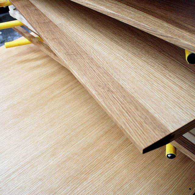 #oakveneer with #hardwoodedging #danishoilfinish #woodgrain