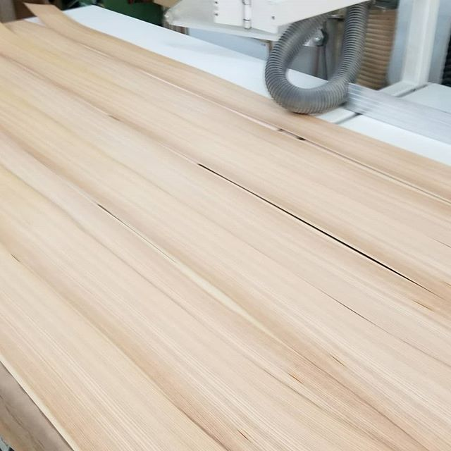 #woodworking #woodveneer #larch