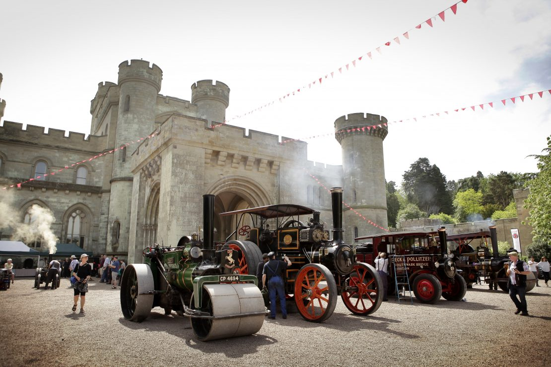 EASTNOR STEAM & VINTAGE is on Sunday 26th and Monday 27th May 2019 - https://eastnorcastle.com/eastnor-steam-and-vintage/