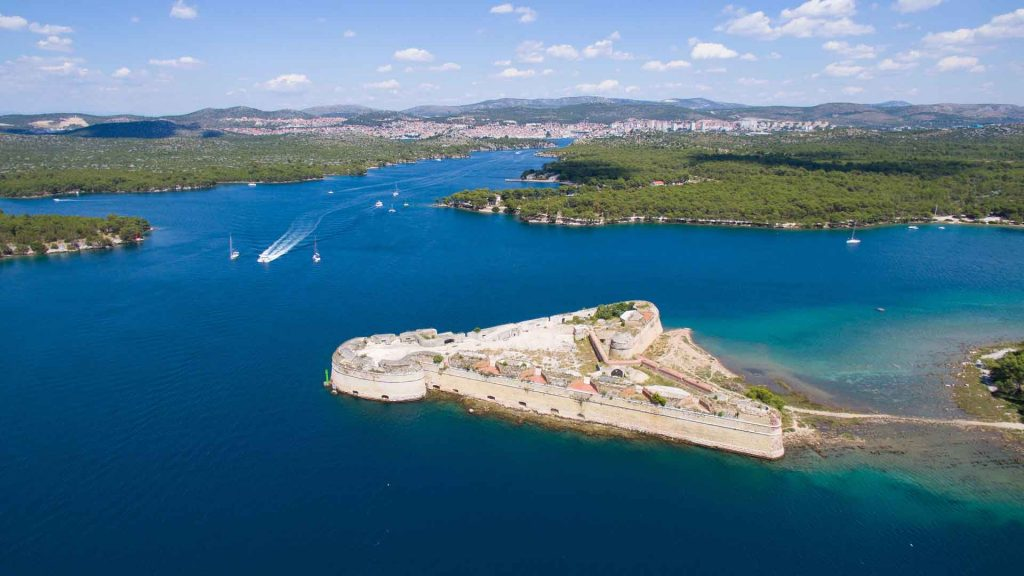 Pirate's View of Sibenik - Duration: 2 hoursThis journey reveals a stunning panorama of King Petar Kresimir IV's medieval city. Along the way, see the impressive UNESCO fortress of St. Nicholas, before arriving to views of St. Michael's, St. John's, and Barone fortresses, and the UNESCO heritage St. Jacob's Cathedral. Price: €27