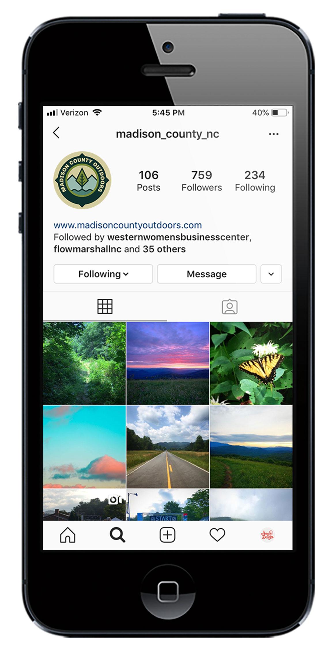 Social media profile graphics