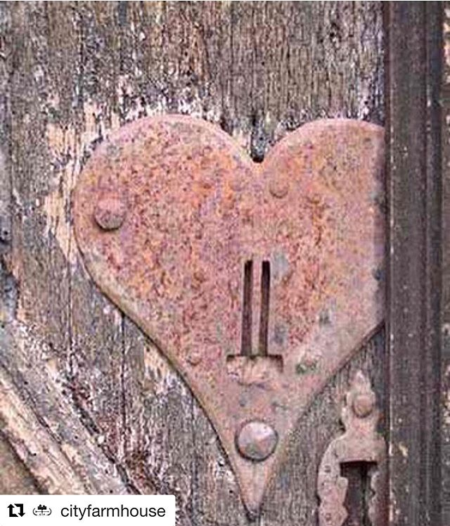 "Love this from @cityfarmhouse ・・・ God's message about friendship - ""As each has received a gift, use it to serve one another, as good stewards of God's varied grace"". 1 Peter 4:10 . . #friendship #friends #oldfriends #likefamily #lordsday #sunday #hearts #phoenix #sweetsalvage #cityfarmhouse #southernjunkersvintagemarket #ruthbarnesmemphis #hearts  #friends #rust"