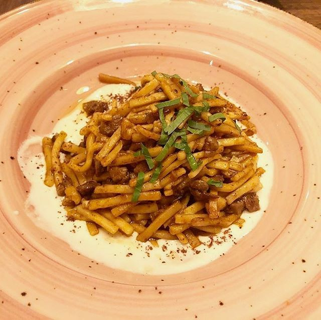 Have you tried our Eriste? A whole new take on Mediterranean cuisine, our hand-cut Turkish pasta is combined with lamb, sumac, and savory spice, resting atop a rich brown butter yogurt sauce, 📷 : @tim.j.park . . . #leyla74 #turkishcuisine #turkishfood #uws #upperwestsidenyc #nycrestaurants #restaurantsofnyc #nyceats #foodienyc #eatingnyc #diningnyc #brasserieny #turkishfood  #lincolncenter #centralpark