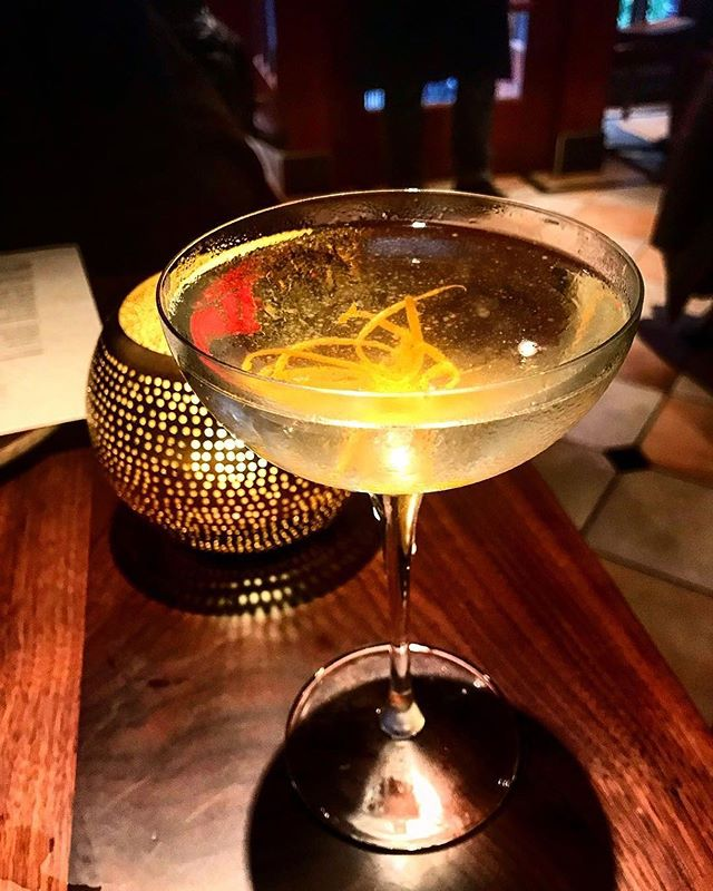 An after work retreat doesn't have to take you far from the city. Enjoy an evening of drinks with Leyla's diverse list of craft cocktails. 📸: @parttimedrunk via IG . . . #leyla74 #turkishcuisine #turkishfood #uws #upperwestsidenyc #nycrestaurants #restaurantsofnyc #nyceats #foodienyc #eatingnyc #diningnyc #brasserieny #turkishfood  #lincolncenter #centralpark