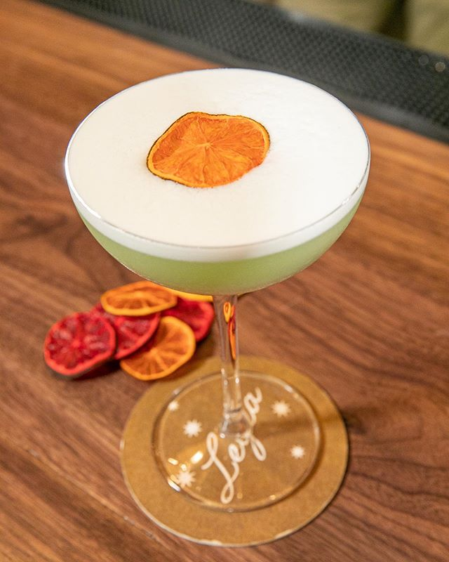 Take a break from the hustle and bustle of NYC work life and stop by Leyla for a refreshing cocktail 🍸 Cool off with the Valide Sultan- a Basil-Infused Gin cocktail with Genepy Chamois, Lime, Chambord, topped with fluffy Egg Whites. . . . #leyla74 #turkishcuisine #turkishfood #uws #upperwestsidenyc #nycrestaurants #restaurantsofnyc #nyceats #foodienyc #eatingnyc #diningnyc #brasserieny #turkishfood  #lincolncenter #centralpark