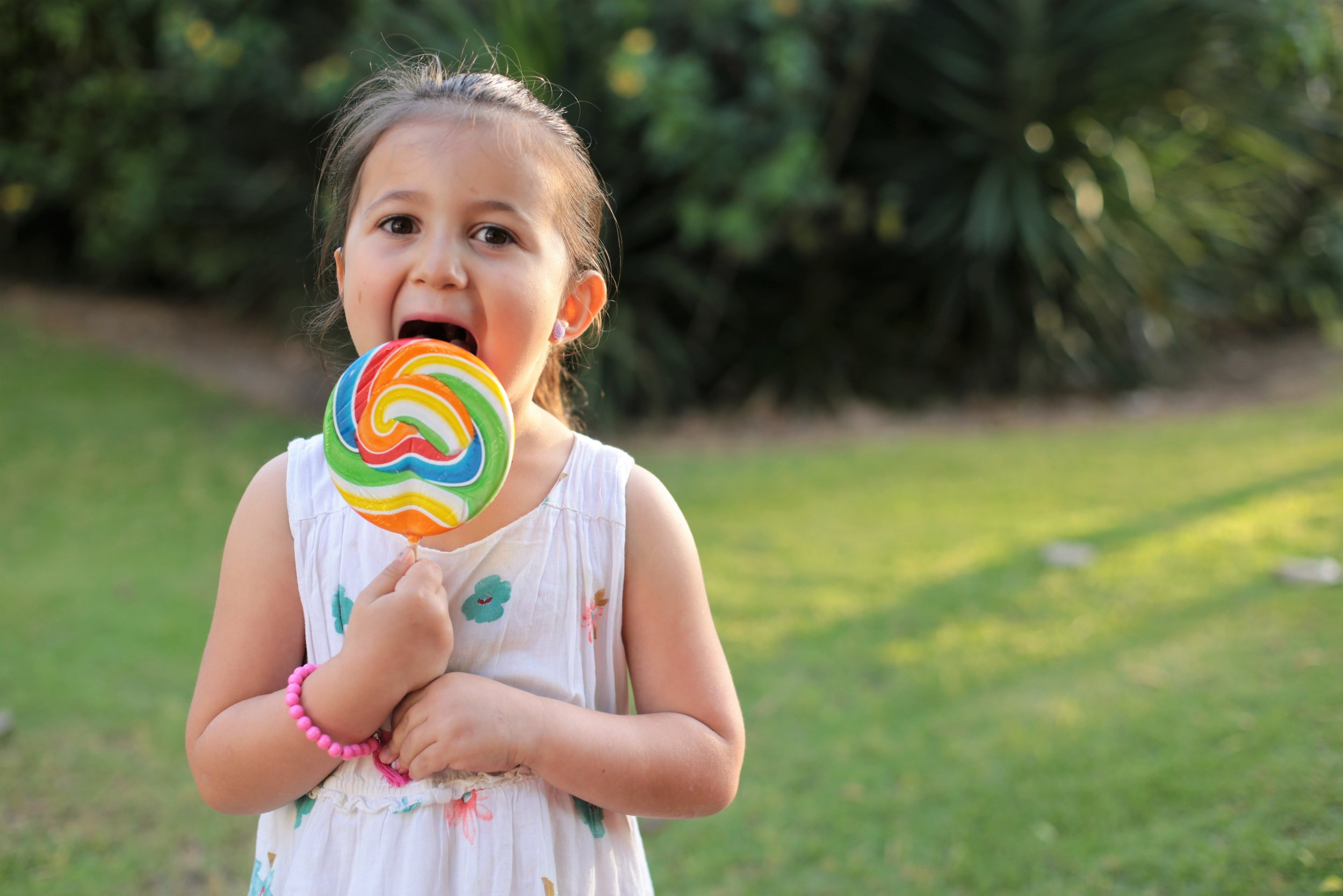 Lollipops and Ice Cream Cones  Toddlers and children enjoy the rewards of licking a lollipop or an ice cream cone, often not realizing they are participating in important aftercare.