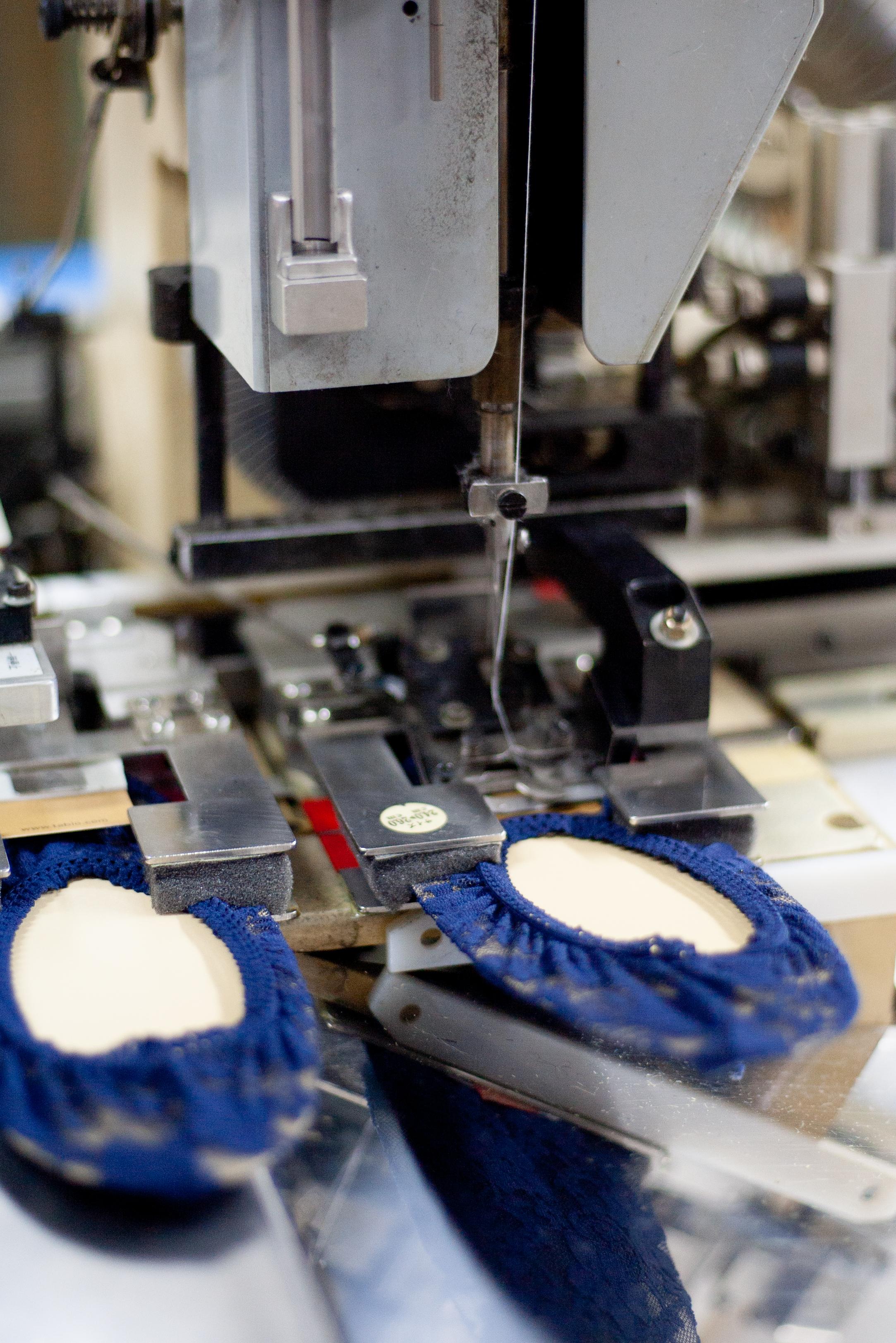 Tabio Sock Stitching