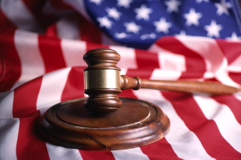 law-gavel-flag.jpg