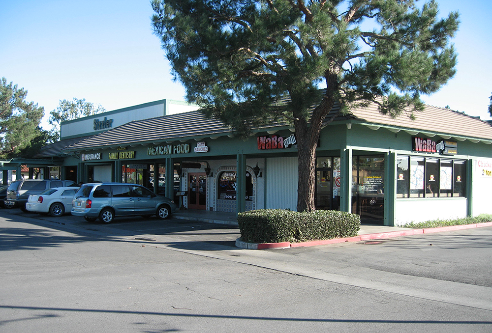 If you are looking to lease space in one of our shopping centers, please email our leasing agent Melanie Wiener at  melanie@wienerproperties.com  or call 310.945.6439.