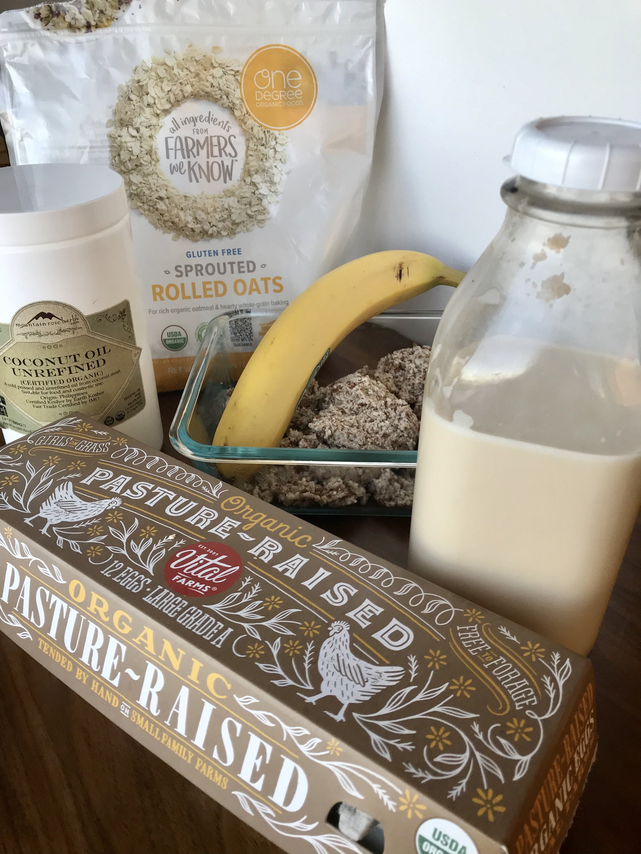 Ingredients - 1 cup of gluten-free sprouted rolled oats1/2 cup of almond milk1 egg1 mashed banana1/4 cup of almond meal1 tbsp Coconut oilOptional: Cinnamon, Nutmeg, Vanilla Extract or other spice