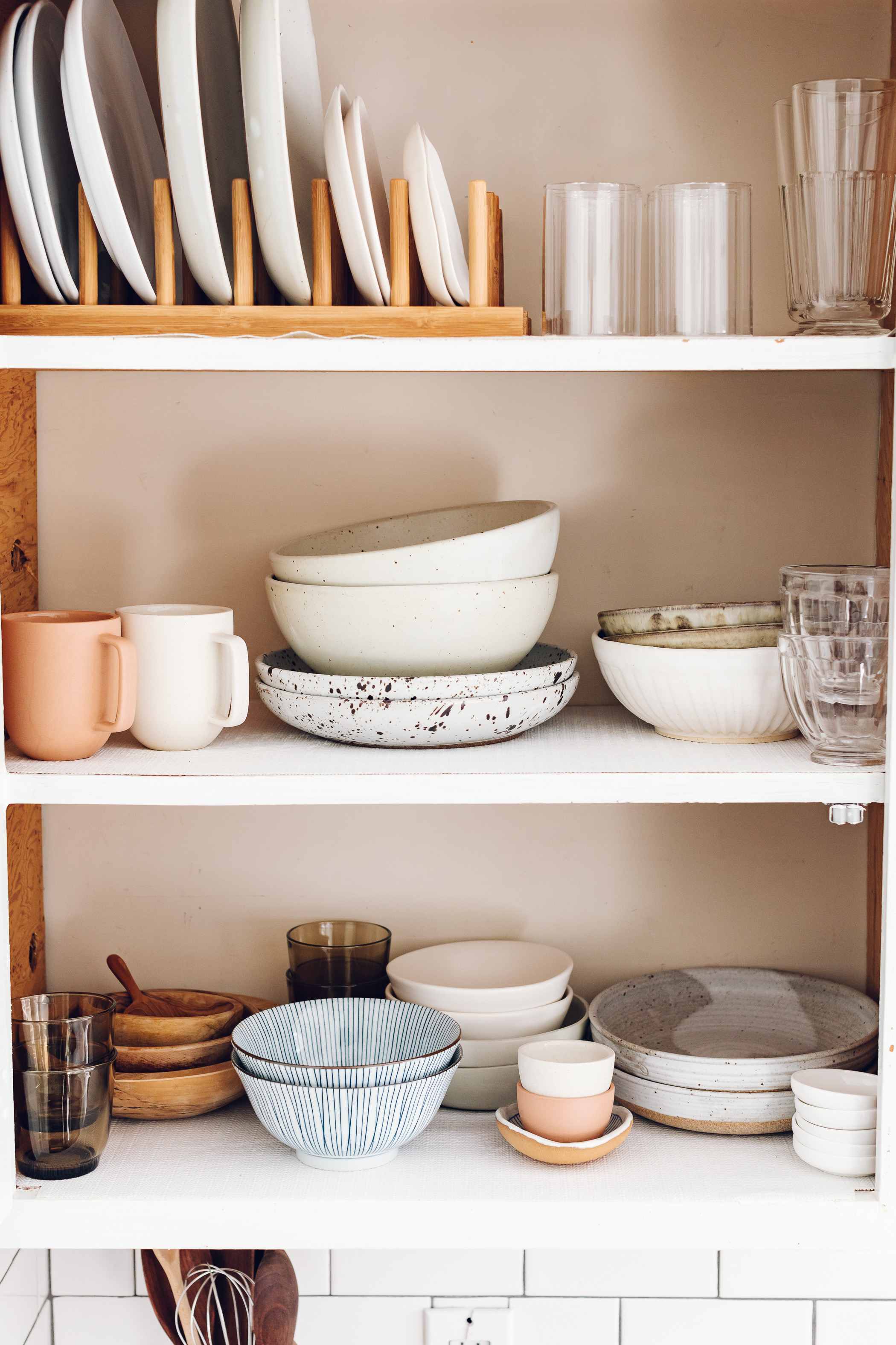 Small Makers: Dinnerware by Jessie May