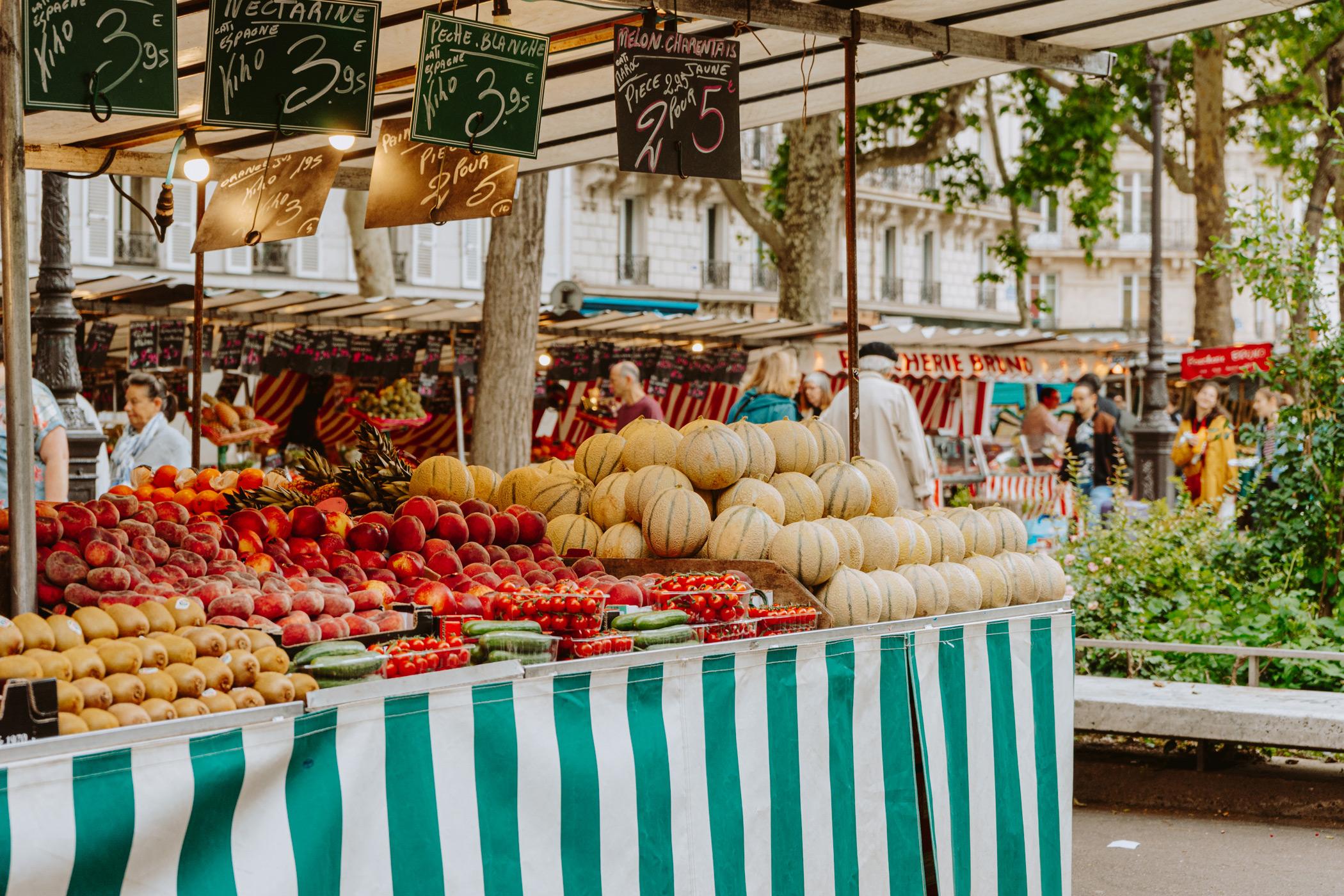 Marche Bastille farmers market.