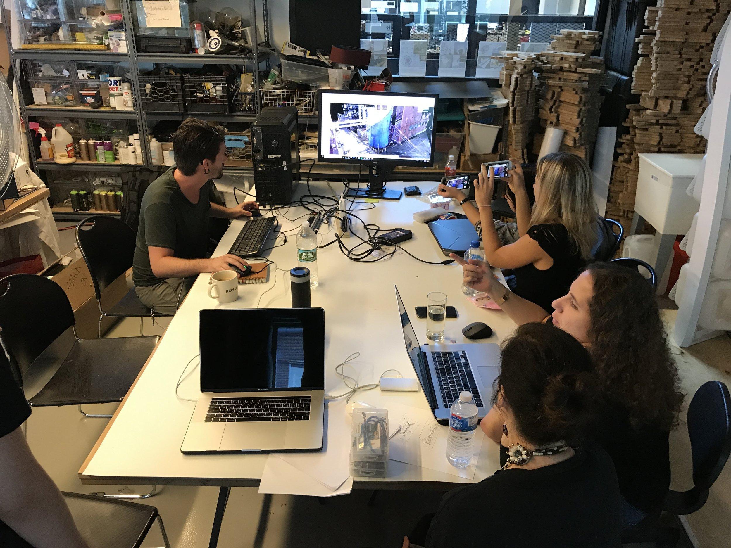 iaac-global-summer-school-digital-sensing-7-3D-laser-scanning-point-cloud-new-york.jpg