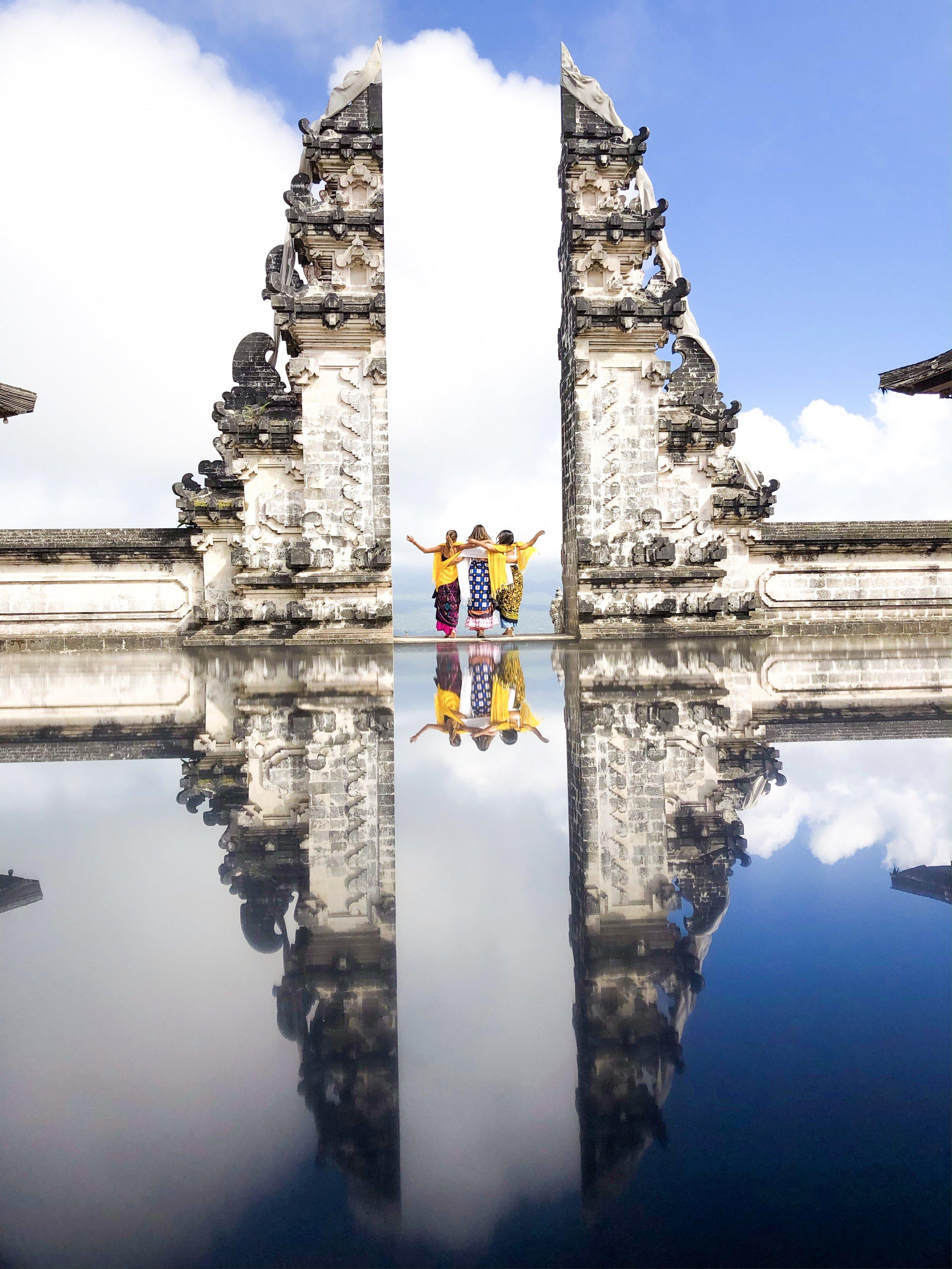 gates of heaven bali indonesia paloma de la cruz fashion travel blogger palomatravels