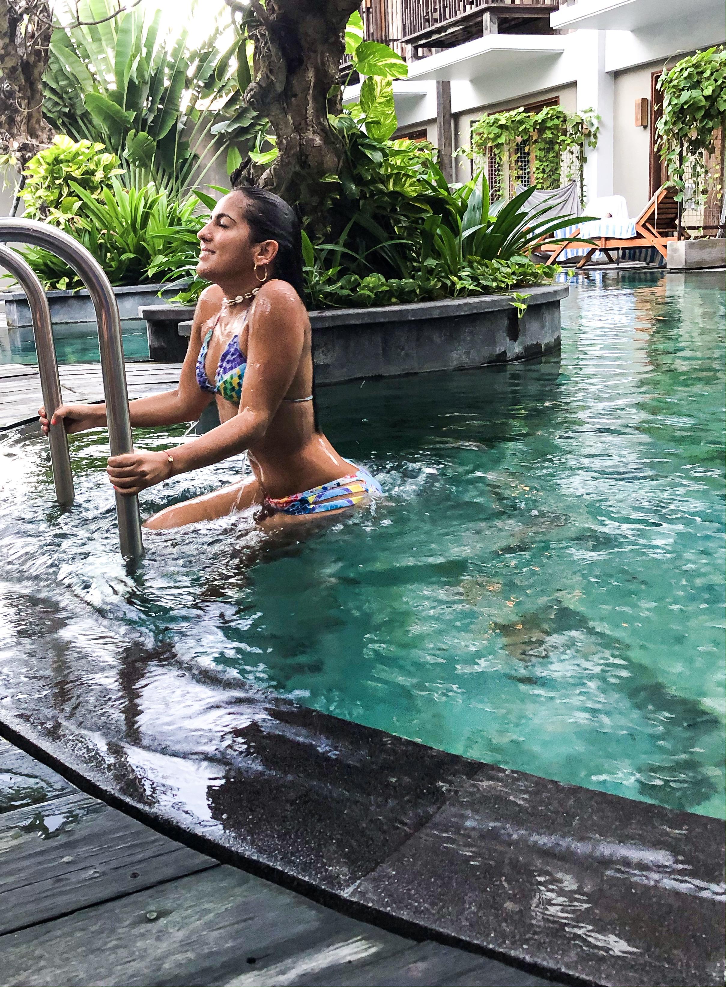 sanur bali indonesia paloma de la cruz fashion travel blogger palomatravels