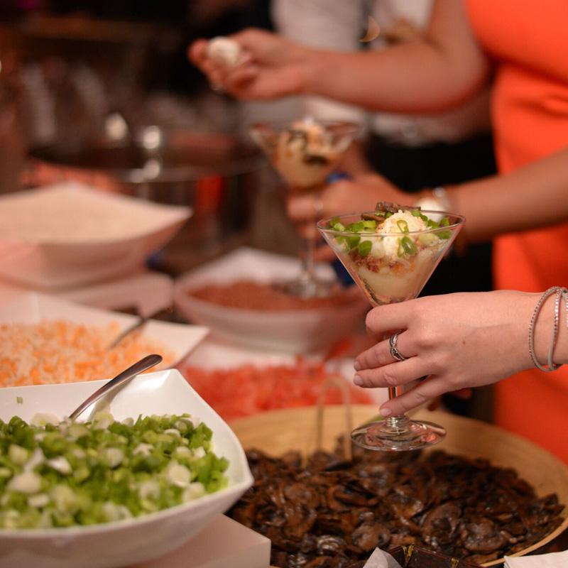 martinisnackbarsquare2.jpg