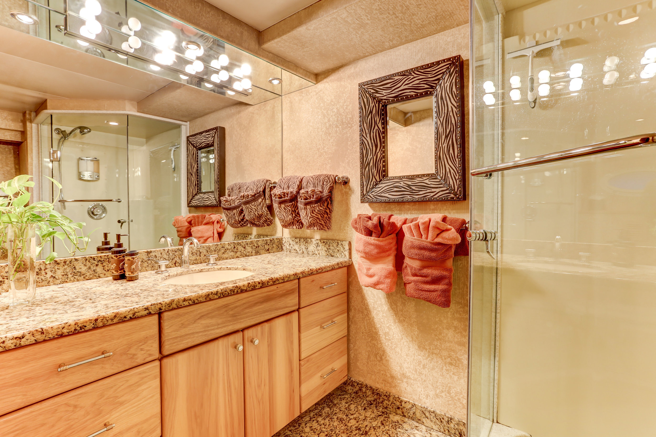 45 twin bath.jpg