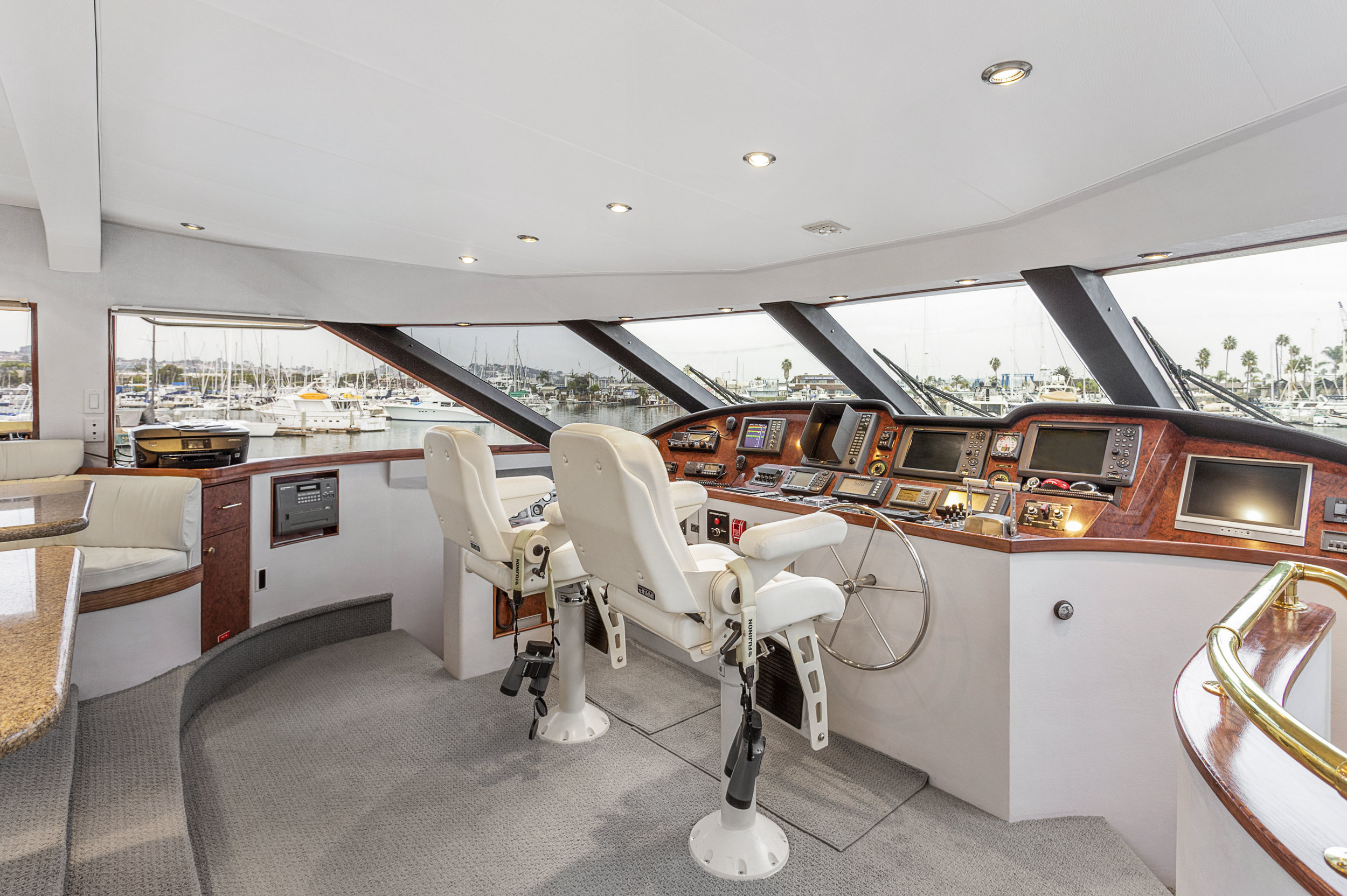 31 PILOTHOUSE1.jpg