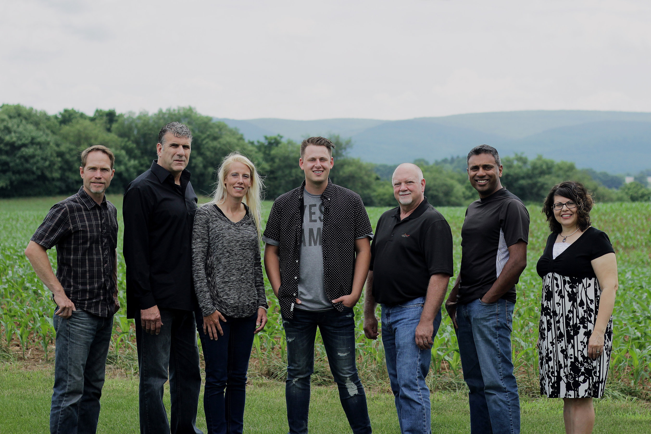 Living Faith Worship - Living Faith Worship is the worship team from Living Faith Chapel in Shippensburg, PA. LFC worship is passionate about the presence of God and about creating an atmosphere of heaven on earth.