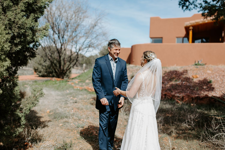 Sedona-Arizona-Intimate-Wedding_0005.jpg