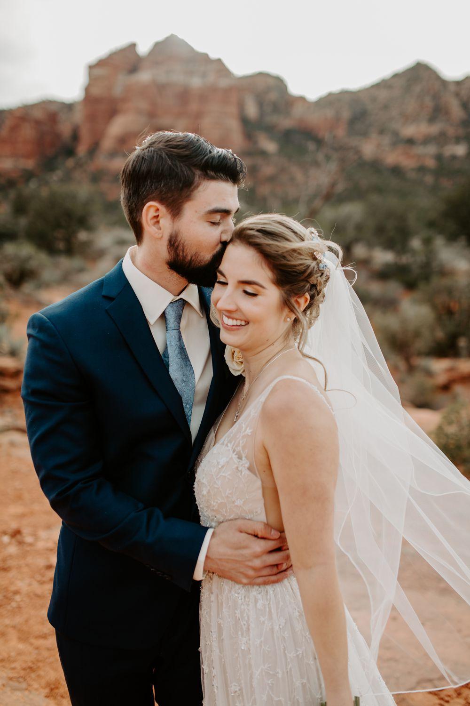 Sedona-Arizona-Intimate-Wedding_0020.jpg