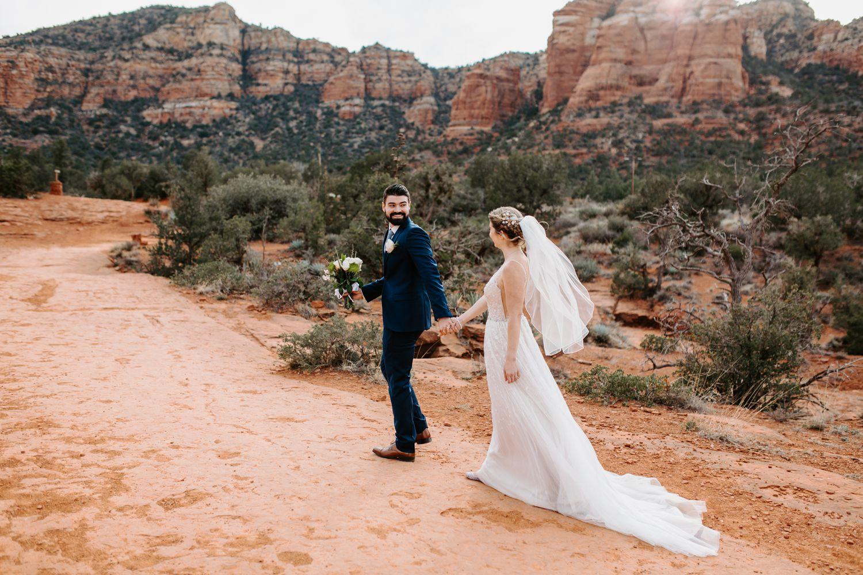 Sedona-Arizona-Intimate-Wedding_0021.jpg