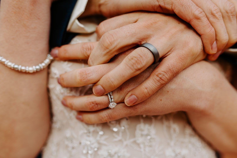 Sedona-Arizona-Intimate-Wedding_0026.jpg