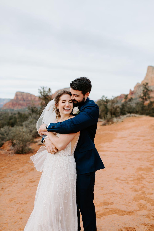 Sedona-Arizona-Intimate-Wedding_0028.jpg