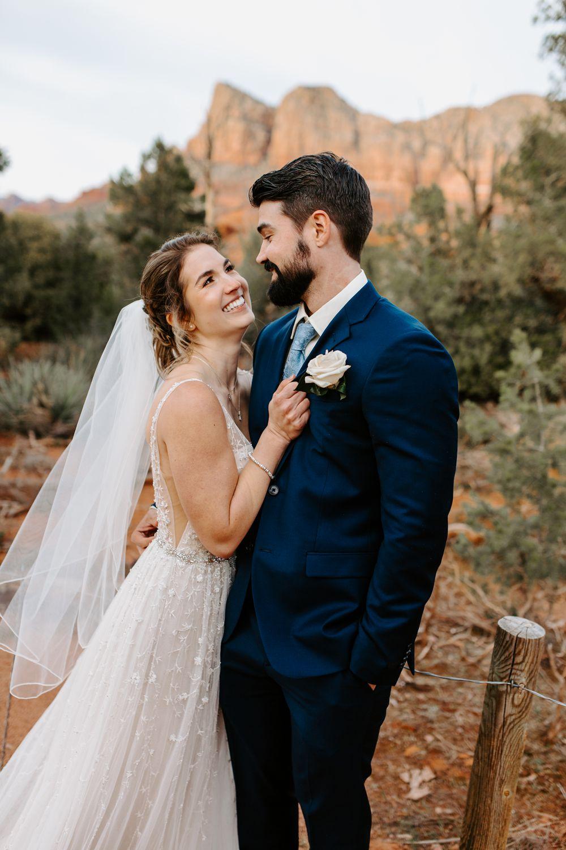 Sedona-Arizona-Intimate-Wedding_0036.jpg