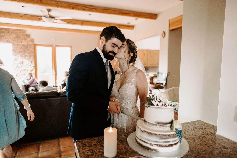 Sedona-Arizona-Intimate-Wedding_0042.jpg