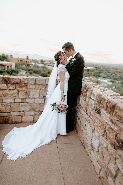 Tucson-Arizona-Backyard-Wedding_0040.jpg