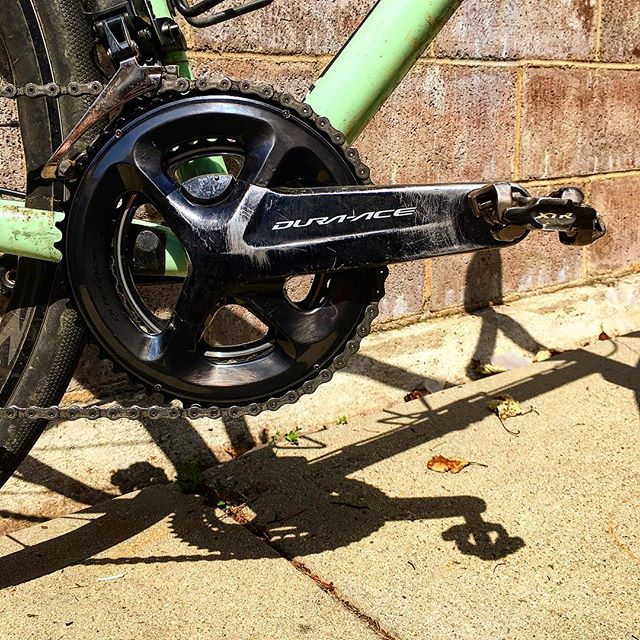 Turn that CXer into Gravel bike for the price of a 50T front chainring. Oh and ride it longer than 60 minutes, too... #techtuesday  #runwhatyabrung  #shimanogravel  #duraace  #di2  #groad  #gravelbike  #veldrijdeordie