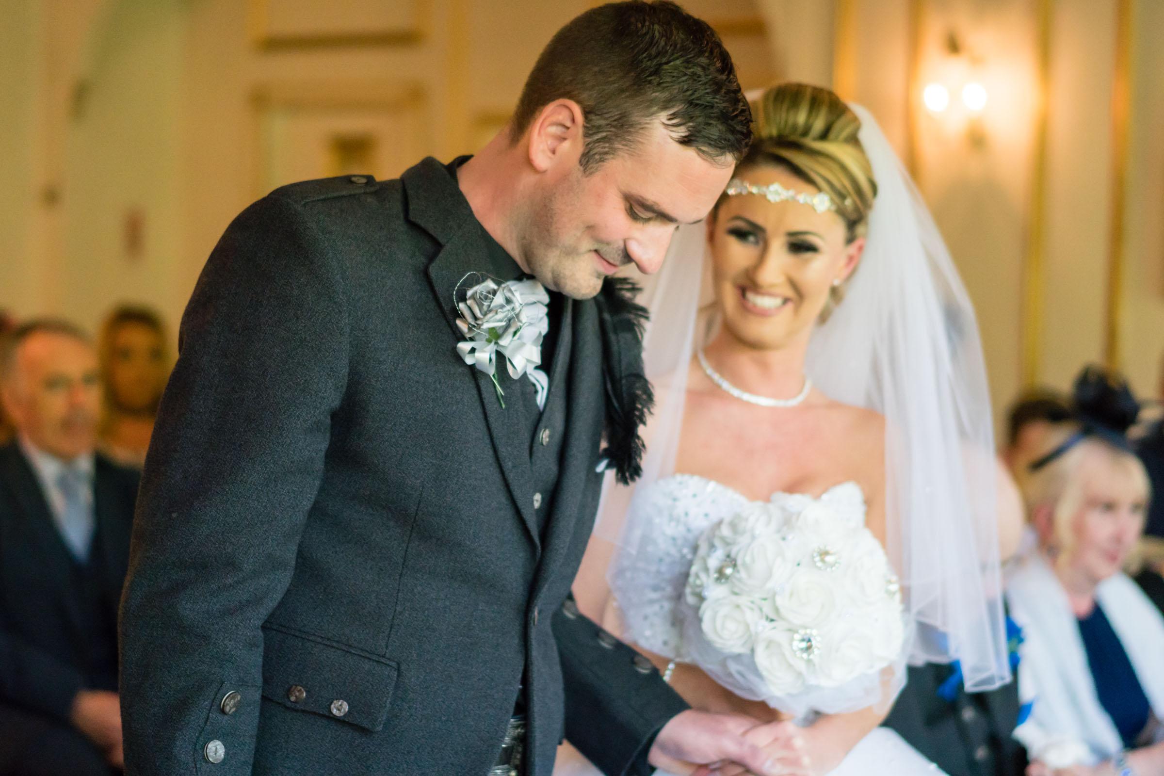 dalmeny-park-glasgow-wedding-dearlyphotography (4 of 16).jpg