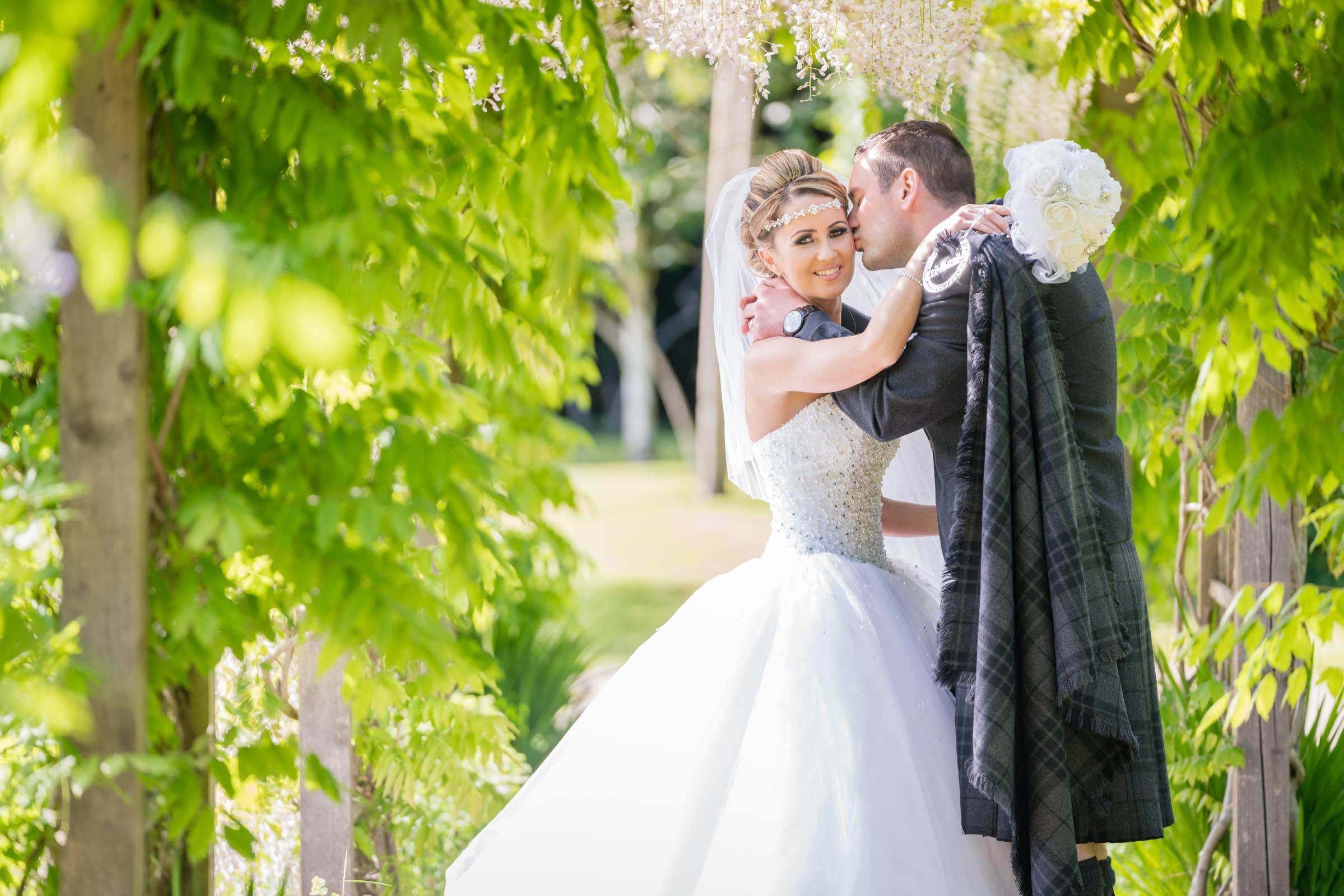 dalmeny-park-glasgow-wedding-dearlyphotography (15 of 16).jpg
