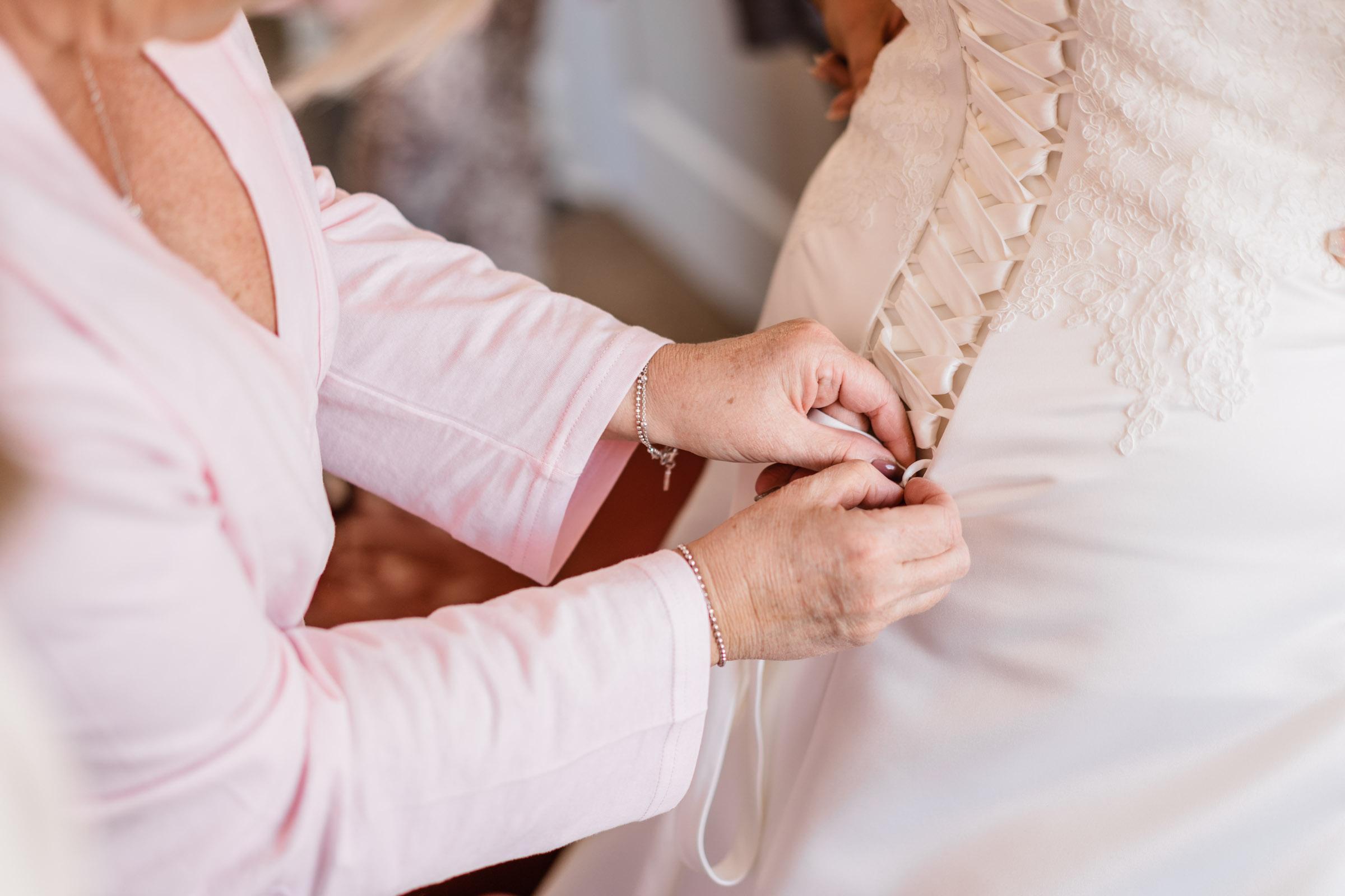 motherwell-moorings-wedding-photographer-dearlyphotography (14 of 77).jpg