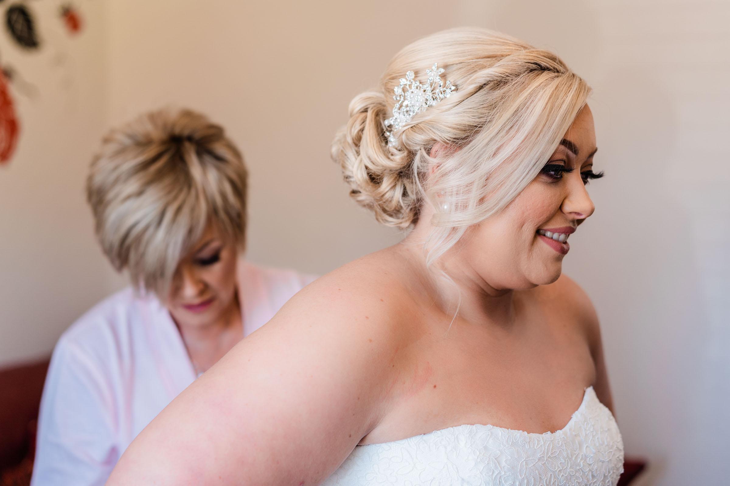 motherwell-moorings-wedding-photographer-dearlyphotography (16 of 77).jpg