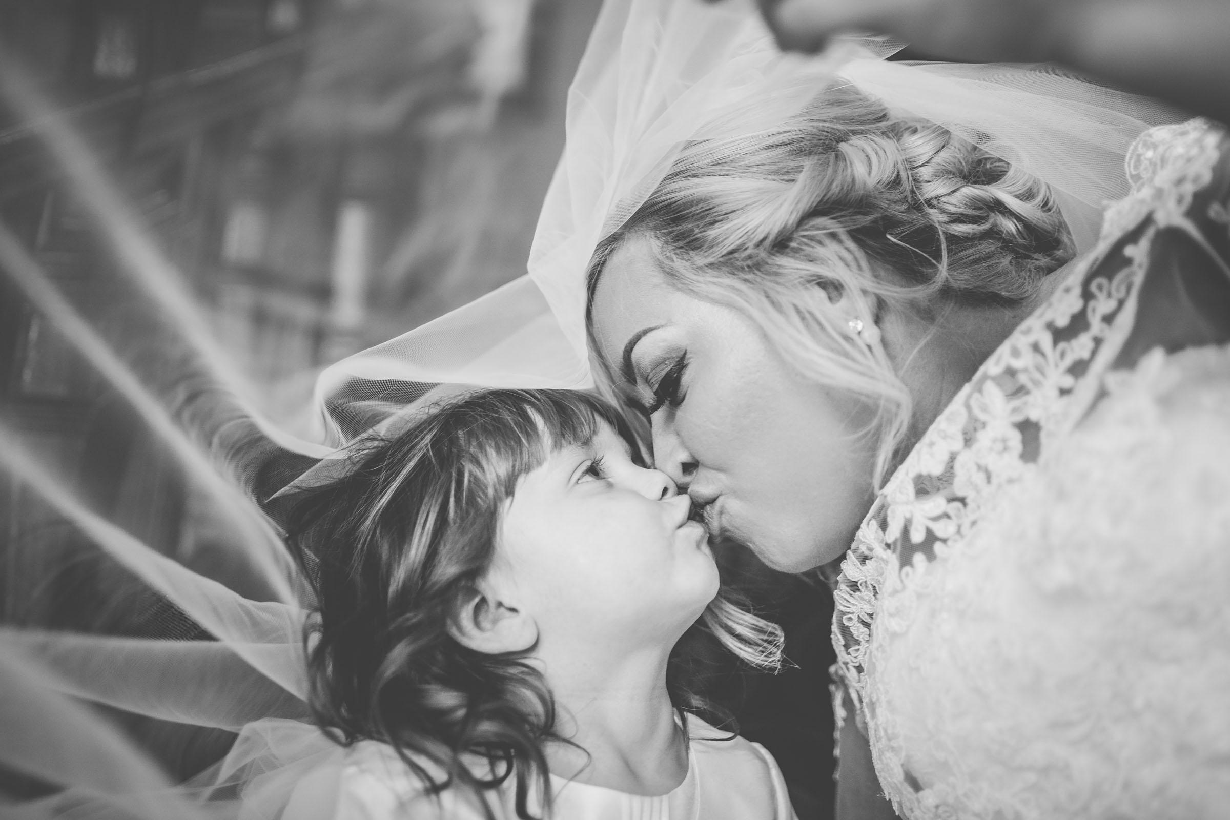 motherwell-moorings-wedding-photographer-dearlyphotography (61 of 77).jpg